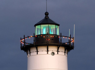 Holiday Decorations and a Splendid Green Beam at Portsmouth Harbor Light