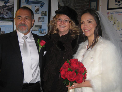 (L to R) Groom Nick Verducci, Janice McGuire, who presided over the wedding and bride Wanda Martinez at Pemaquid Point Lighthouse (Photo courtesy of FPPL)