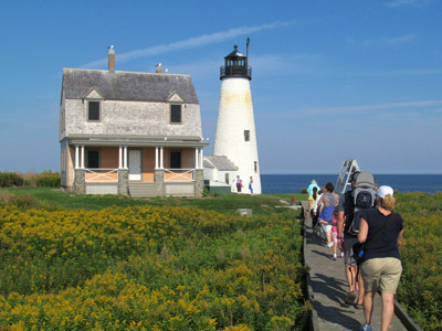 Tours at Wood Island Lighthouse