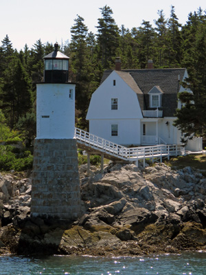 Isle au Hsut Lighthouse