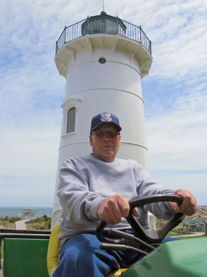 Terry Rowden at Little River Lighthouse in Cutler, Maine (Photo by Bob Trapani, Jr.)
